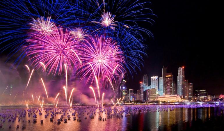 Celebrando el Año Nuevo en los 5 continentes