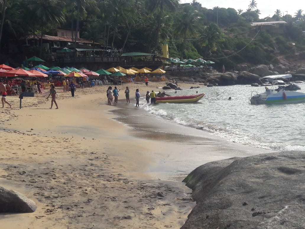 praia do calhetas costa dos corais