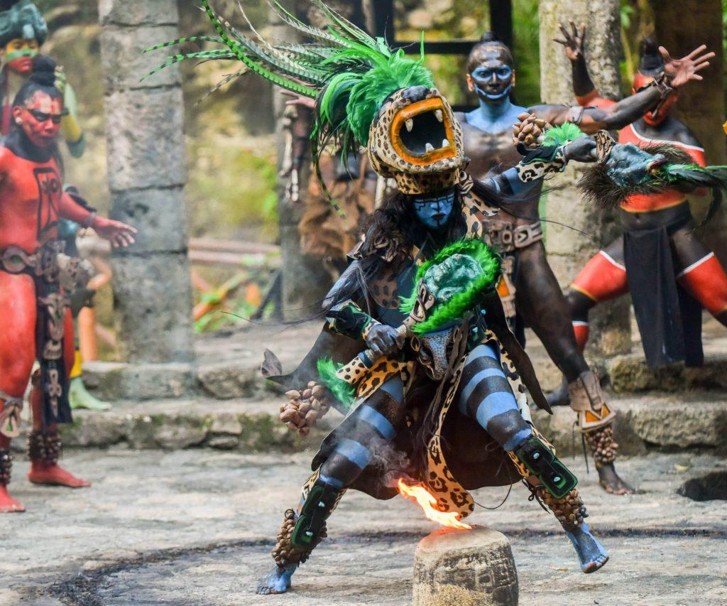 danzas-prehispanicas xcaret mexico
