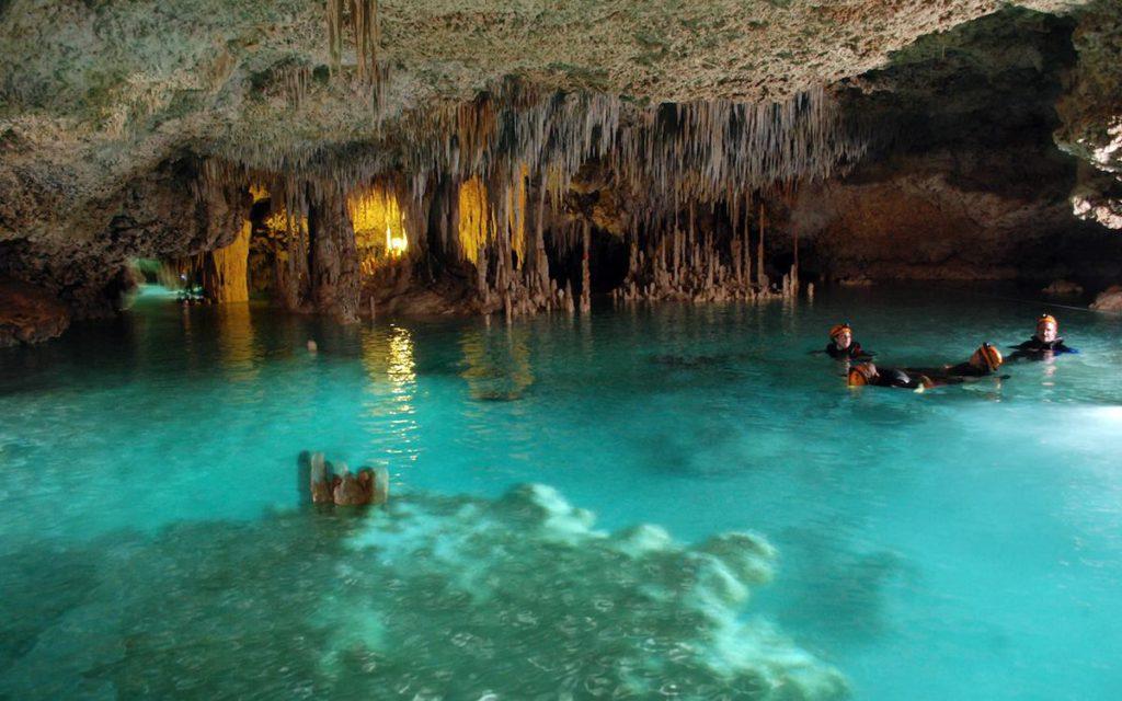rios subterraneos xcaret mexico