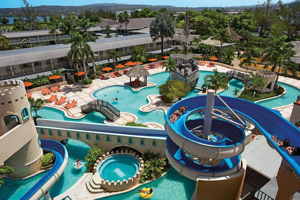 Unlimited-Fun an resorts